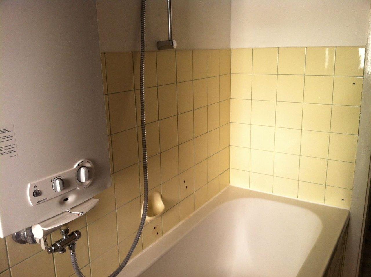 fliesengestaltung bad set wohndesign. Black Bedroom Furniture Sets. Home Design Ideas